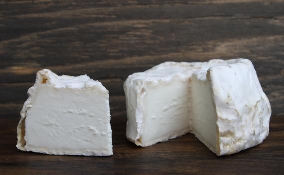 Сыр Кроттен из козьего молока от фермерского хозяйства Курцево
