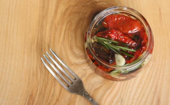 Помидоры вяленые в масле с чесноком от Дарьи Воробьевой, 0,25 л
