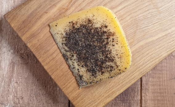 Сыр КАЧОТТА в черном перце от Николая Быкова, 0,17 кг