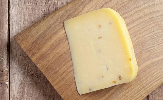 Сыр КАЧОТТА с пажитником от Николая Быкова, 0,17 кг