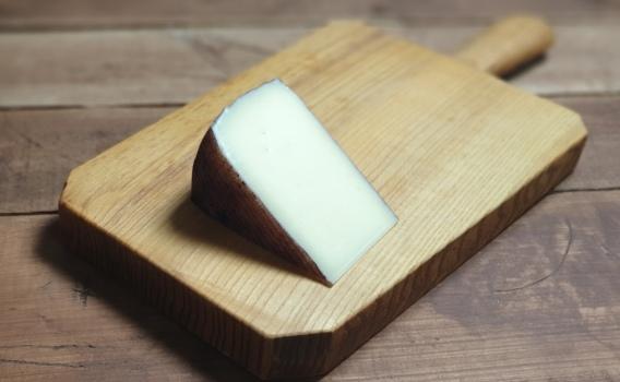 Сыр МАНЧЕГО выдержанный в вине от Николая Быкова
