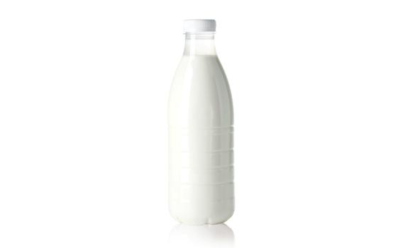 Молоко коровье от Ларисы Котковой 5 - 6 %, 1 л