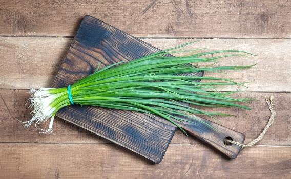 Лук зеленый от Знатного Фермера, 100 гр.
